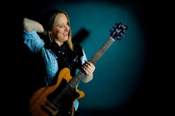 Fiona Boyes