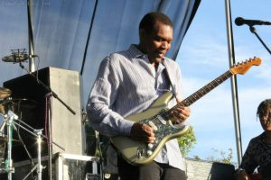 Robert Cray To Play Elsinore Theatre