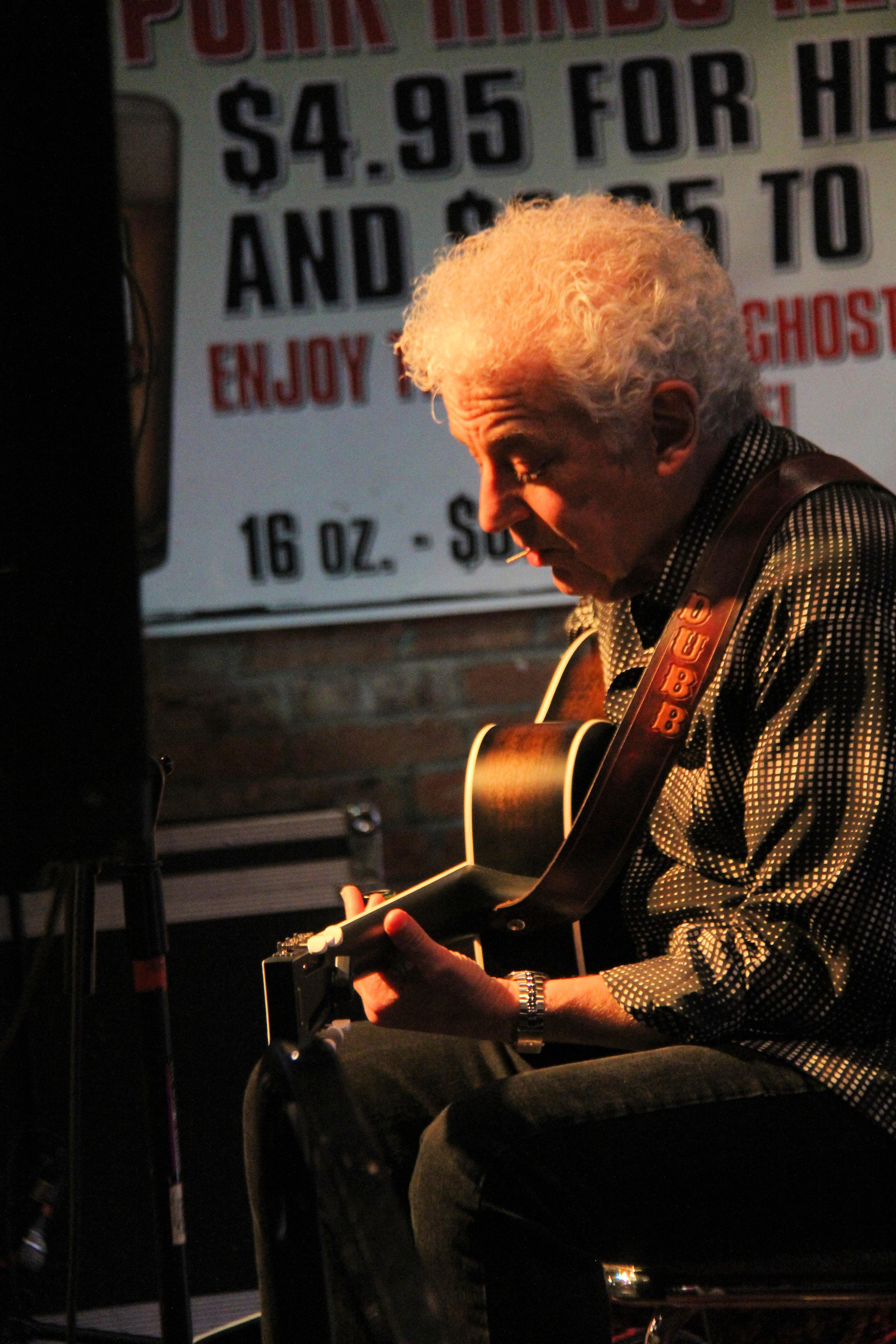 Master Story-Teller & Guitarist Doug MacLeod Back In Oregon for Several Performances