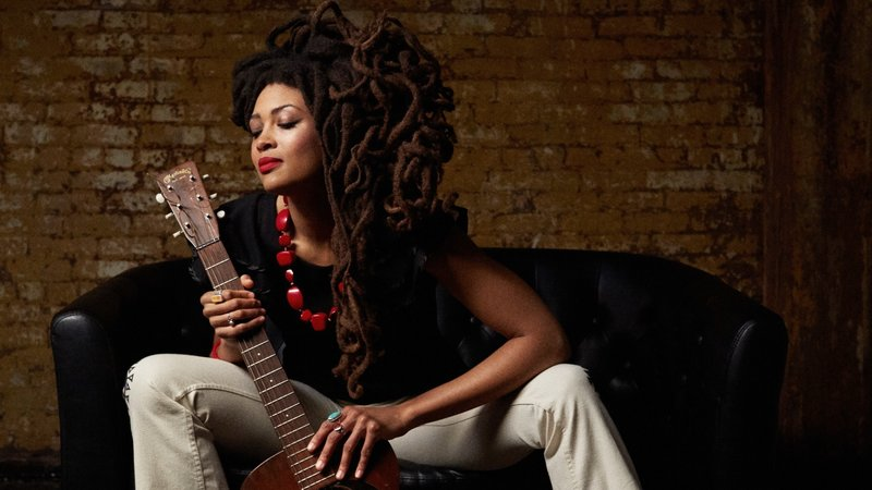Valerie June – Mesmerizing Rising Star