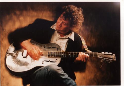 Acoustic Master Lightnin' Wells Books Several Oregon Shows