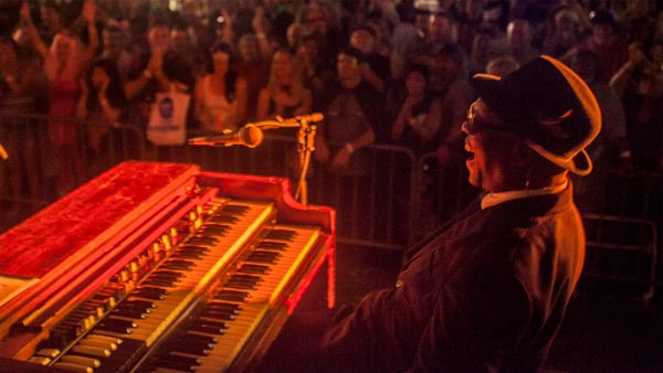 Booker T. Jones Schedules Two Oregon Shows
