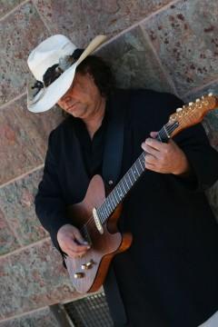 Blues Rocker Bryan Flynn Comes To Town