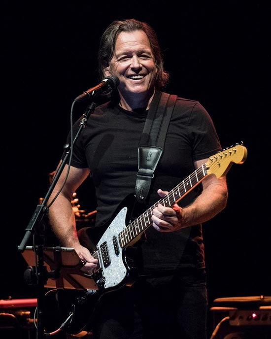 Tommy Castro & The Painkillers – One of America's Favorite Live Blues Acts