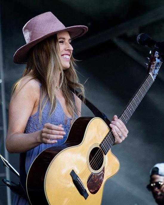 ZZ Ward Brings Her Modern Take On Blues Back to Portland