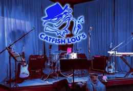 Catfish Lou's Reopens!
